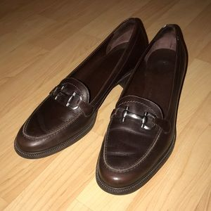 Salvatore Ferragamo loafers EUC